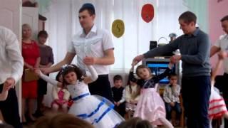 Танец с Папой ( Игорь Николаев - Маленькая Дочка )