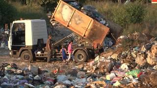 В курортном поселке Алахадзы горит мусорная свалка.