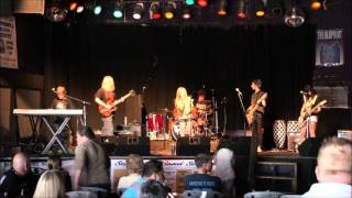 "School of Rock (Burnsville) - Eat It (""Weird Al"" Yankovic cover) Minnesota Music Cafe 2013"