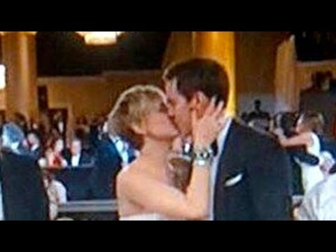 See JLaw and Nicholas Hoult Kiss at 2014 Golden Globes