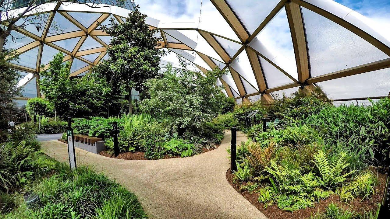 Garden Walk London: London Walk Around. The Roof Garden Of Crossrail Place In Canary Wharf