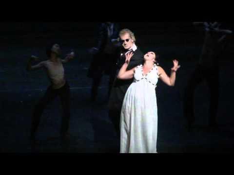 Dracula Derniere Pforzheim: Leb noch einmal (Chris Murray, Yvonne Luithlen)