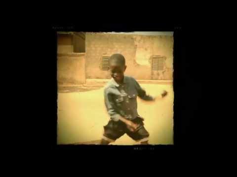 """Download Zita Swoon Group - """"Sababu"""""""