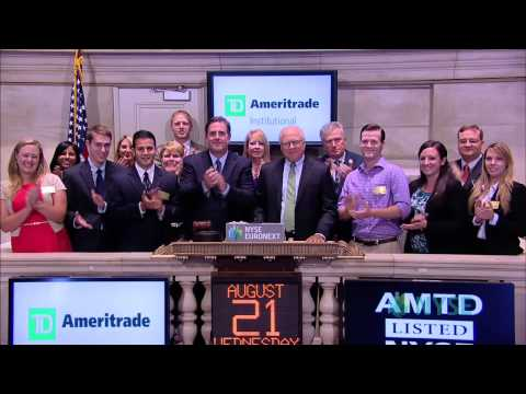 TD Ameritrade Visits the NYSE with Inaugural Scholarship Recipients