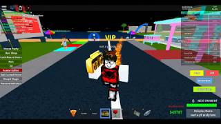 Vanoss skin in roblox lmao..... plus my life inside song