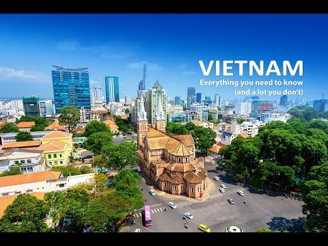 ARRIVING IN HANOI - VLOGGING IN VIETNAM