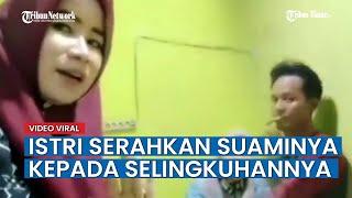 Download lagu Tak Mau Sakit Hati, Istri Sah Serahkan Suami Pada Wanita Selingkuhan