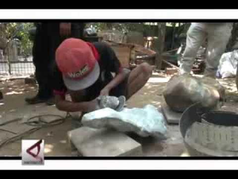 Batu Akik Penghias Taman