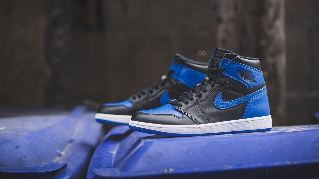 013ae8ece1bb Review  Air Jordan 1 Retro High OG Royal (2013 vs. 2017) - YouTube
