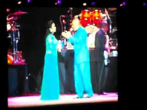 James Ingram and Lea Salonga (live in Manila) - Somewhere Out There