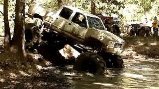 HUGE BIG BLOCK SILVERADO 4x4 MUD TRUCK ON GIANT TRACTOR TIRES STUCK DEEP!!