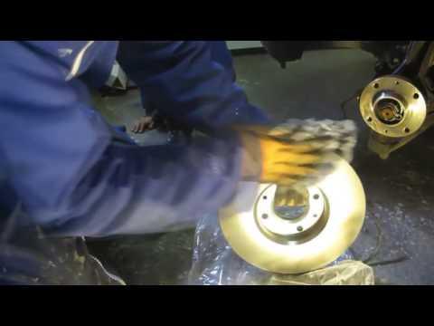 Замена тормозных дисков и колодок Пежо 308, 408