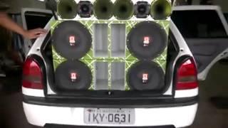 Gol - 4 Omega Drive Alto-Falantes - www.somautomotivobrasil.com.br