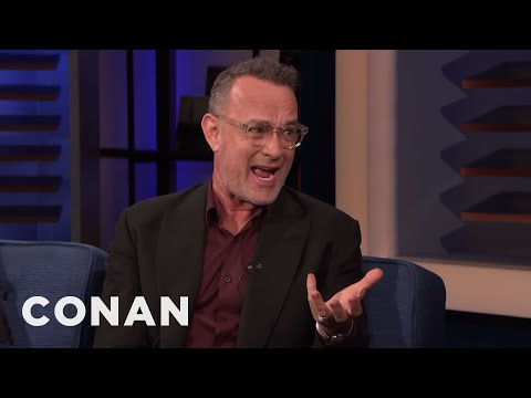 """Tom Hanks Is Insecure About His """"Squeaky Voice"""" & """"Big Ass"""""""