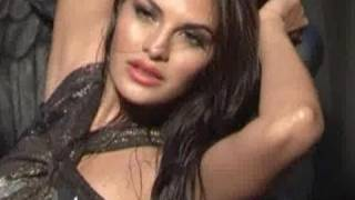Emraan Hashmi & Jacqueline's hot photo shoot