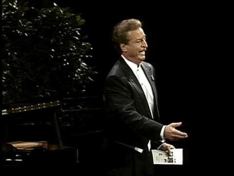 Alfredo Kraus sings Elégie (vaimusic.com)