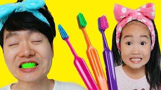 Boram e Pai cores escova de dentes jogar
