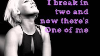 P!nk- Beam me up (lyrics)