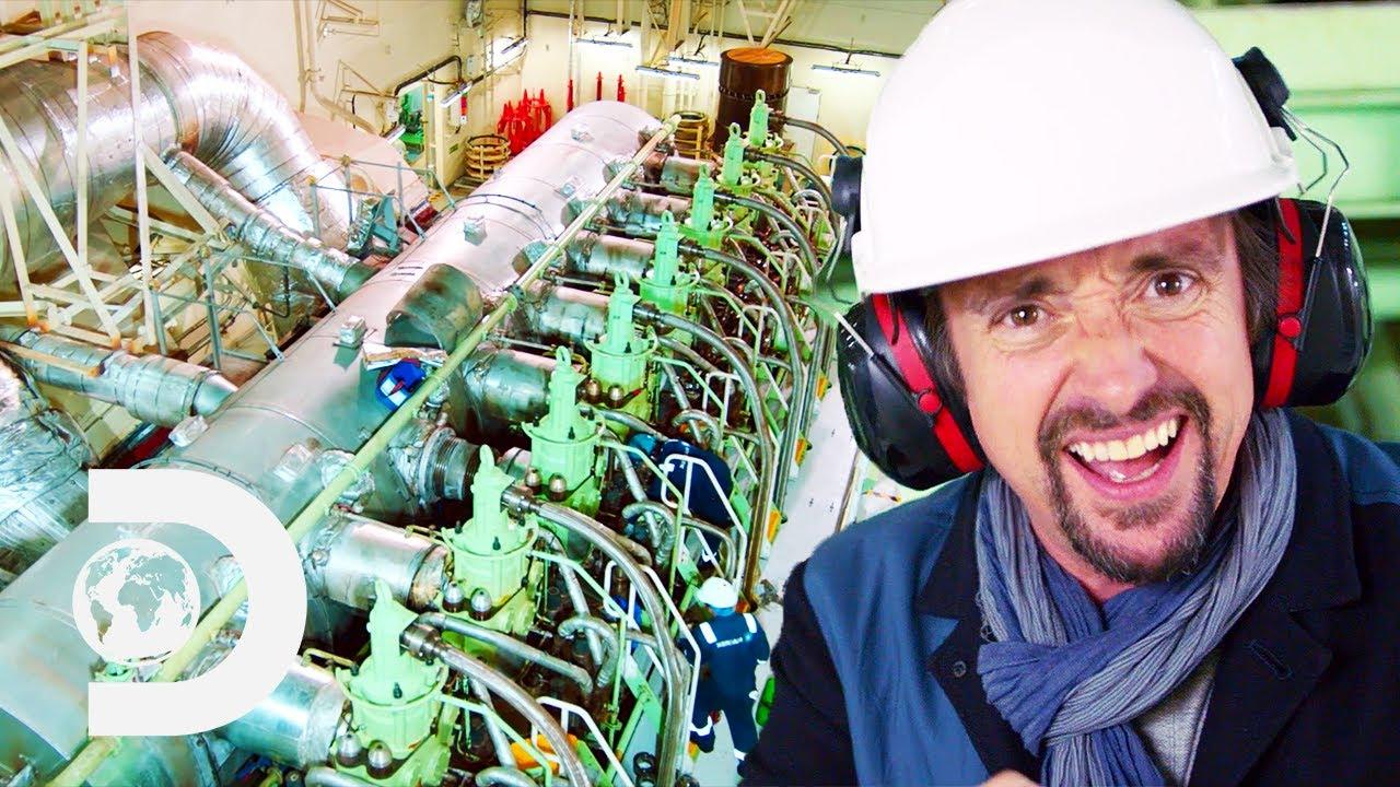 This Engine Is So Big Richard Hammond Can Walk Inside It | Richard Hammond's Big