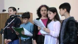 """GRUPUL DE COPII - """"VENITI SA II MULTUMIM"""". BISERICA ELIM, BACAU. 17.05.2015"""