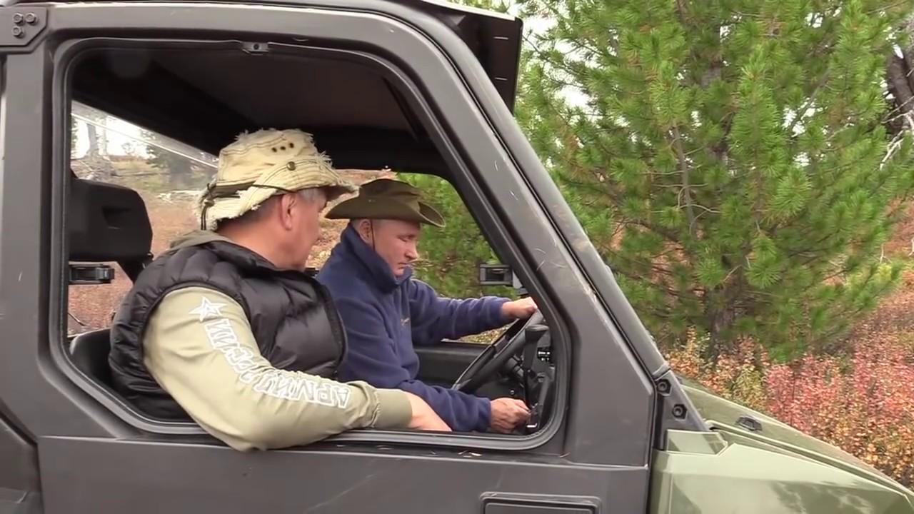 Путин и Шойгу отдохнули в сибирской тайге