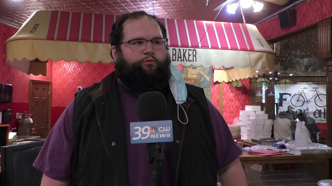 Workers at local businesses share how they feel about an increase in the minimum wage