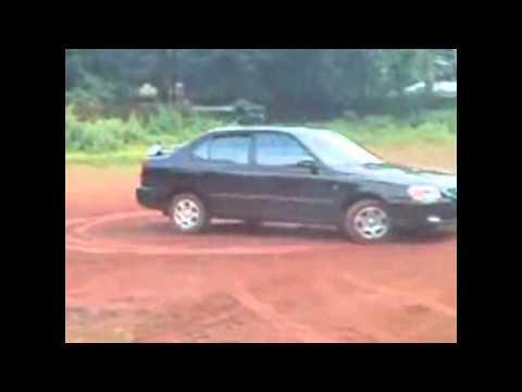 Accent car drifting making Donut.wmv