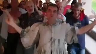 Φιλιππίδης και Χαϊκάλης γύρισαν το δικό τους βίντεο κλιπ της «Μάντισσας» 1