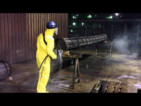 Oil Depol - inside bundle cleaning with flexible lance - 1000 bar - washing area or in the plant