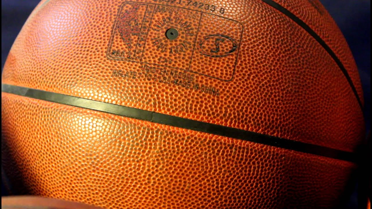 GAME USED AUTHENTIC NBA GAME BASKETBALL vs store spalding ...