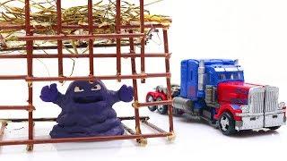 Transformers Optimus Prime Truck Movie Animation Robot Lego Short story & Annoying Mud #трансформеры