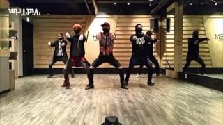 훈남 아이돌의 경운기춤 ma baby   c walk   shuffle dance cover