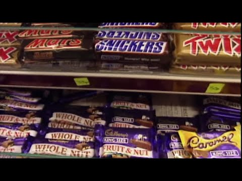 Mo' Bounce - Big Halloween Candy Haul? Well, Time to Eat! It's National Candy Day!
