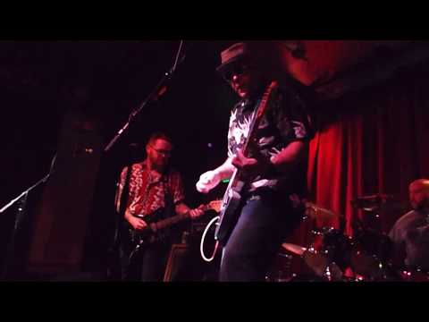 """10,000-volt-ghost-playing-""""dim-roads,""""-at-moe's-bbq-on-10/20/2017"""