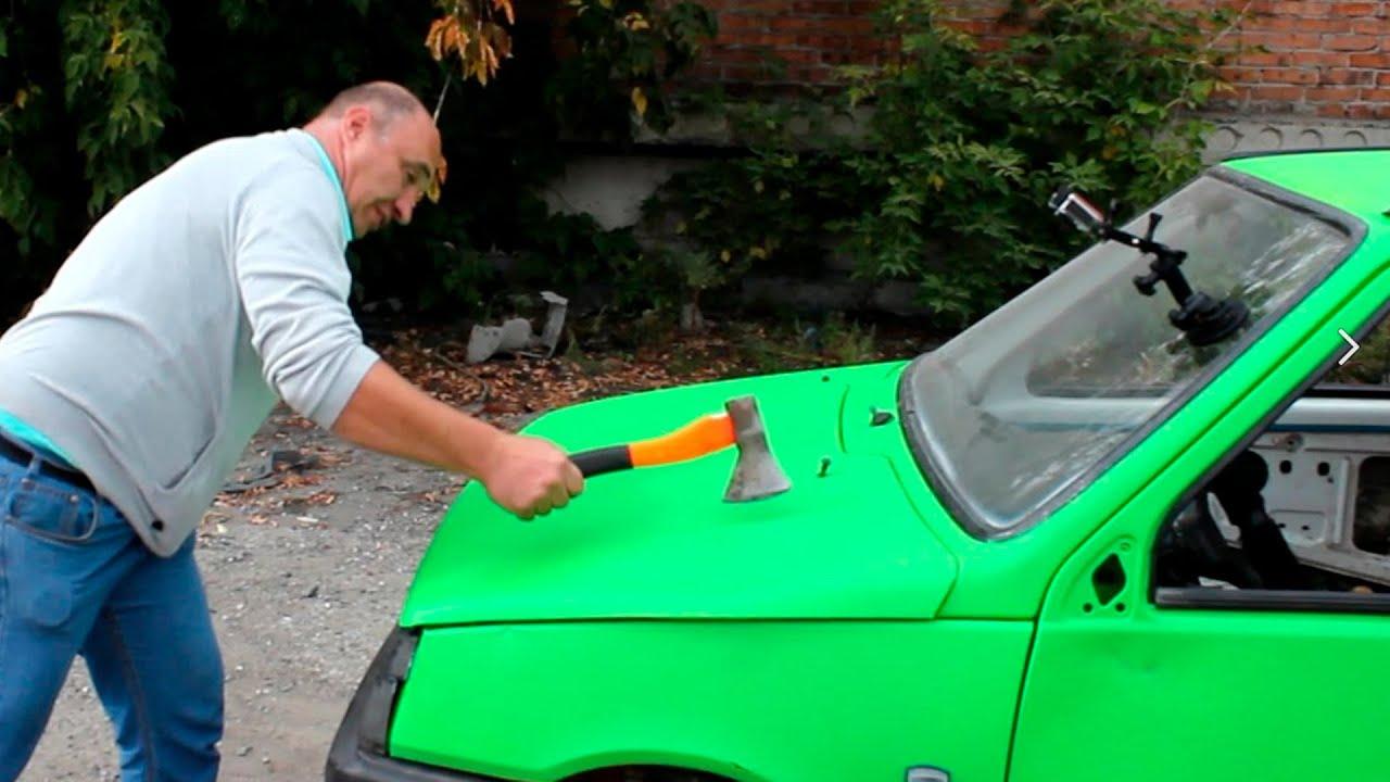 Тест на защитно покритие за автомобил. Line-X ще бъде подложено на удар с тухла, брадва и това не е