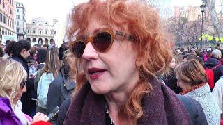 """Ddl Pillon, Fiorella Mannoia in piazza: """"Tentano di riportarci indietro, non lo permetteremo"""""""