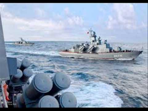 hải quân việt nam tập trận chống tàu khựa xâm lược.