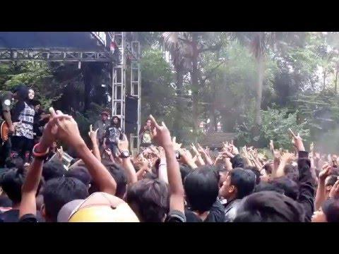 Moses Bandwidth - Karma Live In Tuban 15 Mei 2016