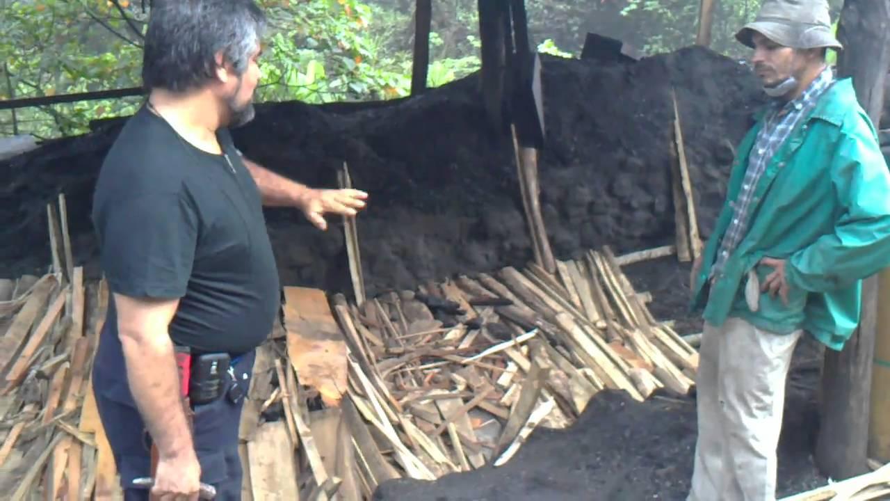 Como se hace el carbon carbonera tacares costa rica for Ceramica artesanal como se hace
