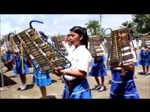 Banda de liras y tambores del Colegio San Antonio