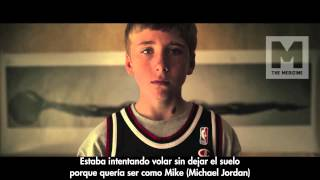 Repeat youtube video Macklemore - Wings (feat. Ryan Lewis) (Subtitulado español)