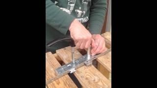 видео Проседает деревянная дверь? Устраняем эту проблему