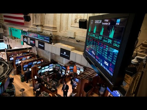 NYSE closing bell rings to end the day's trading