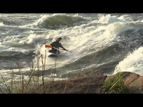 Kayak the Nile - kayaking on the White Nile in Uganda