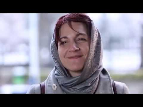 Foreign Tour Guides Describe Iran With Body Language