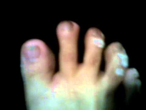 dedos de los pies sumiso