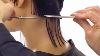 СТРИЖКА КАРЕ с прямой челкой и удлиненными прядями