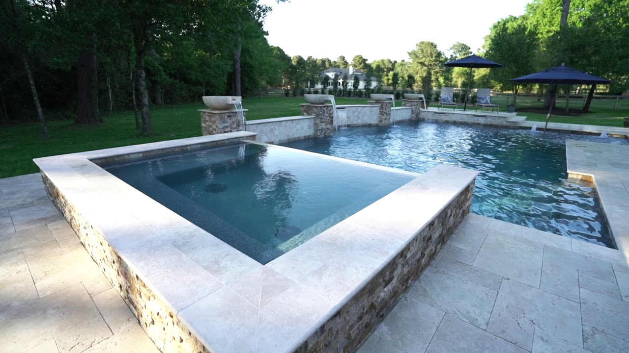 Geometric Pool Design with Spa & Beach Entry | Backyard Oasis