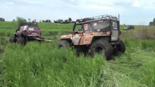 Off Road 4х4 УАЗ UAZ превращается в металлолом,а Бомба в клумбу