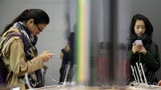 Will China's Plunge Hit U.S. Tech Stocks?
